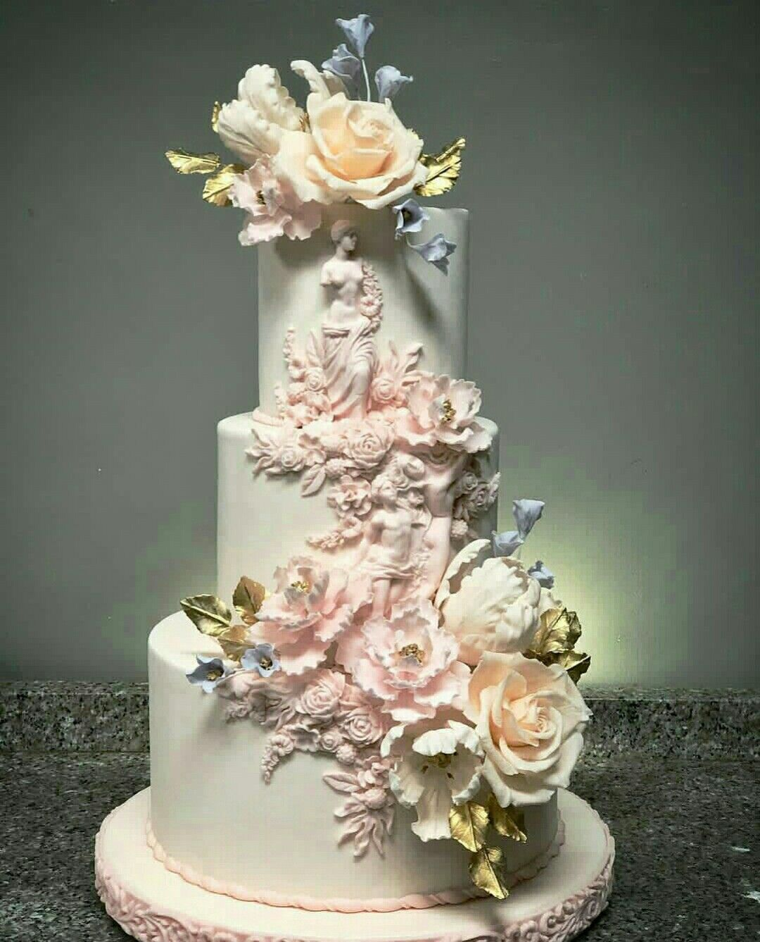 The Most Amazing Wedding Cakes Of 2013: Pin By Carleysdelights On Cake