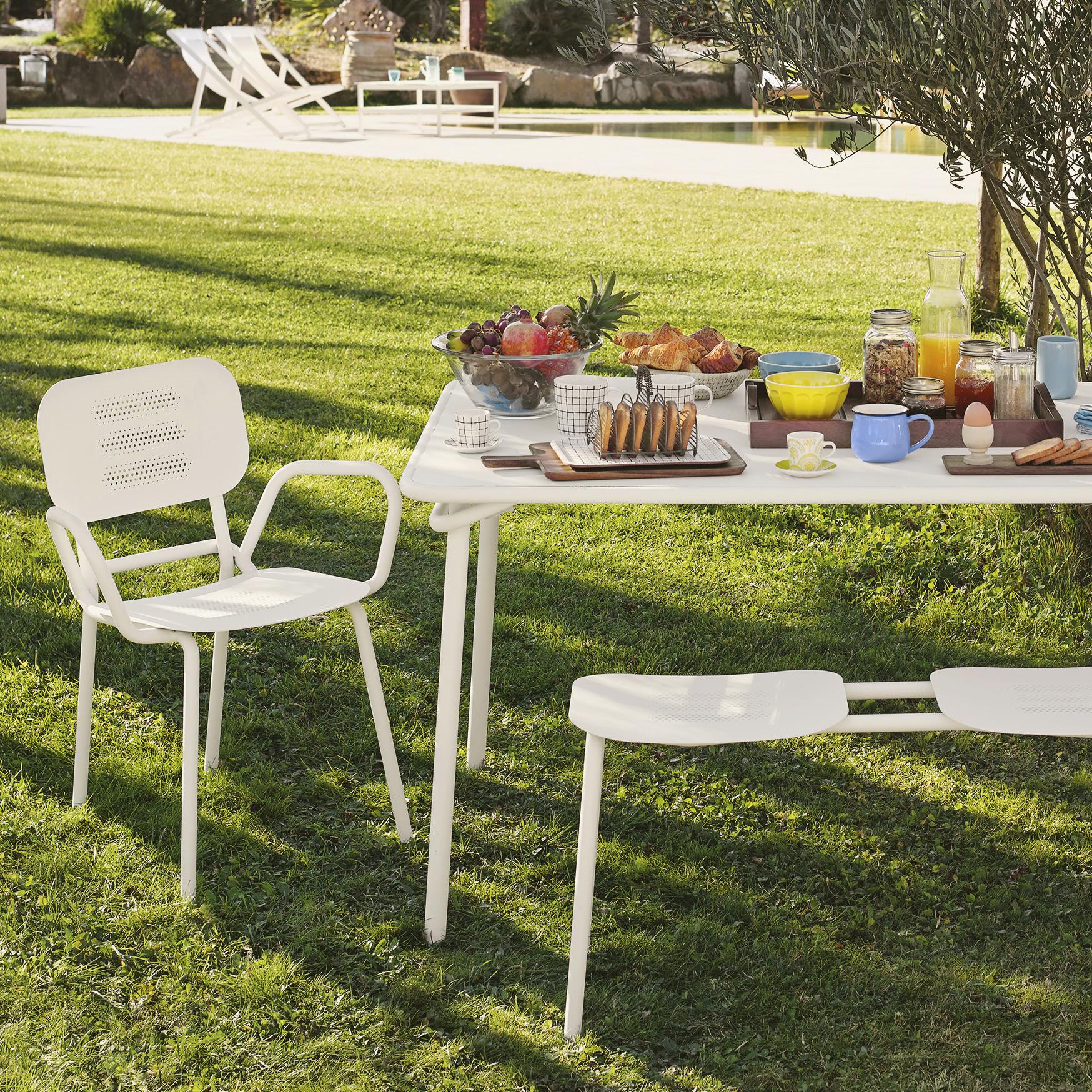 Jardin Classique À La Française heva table de jardin rectangulaire en acier blanc | meuble