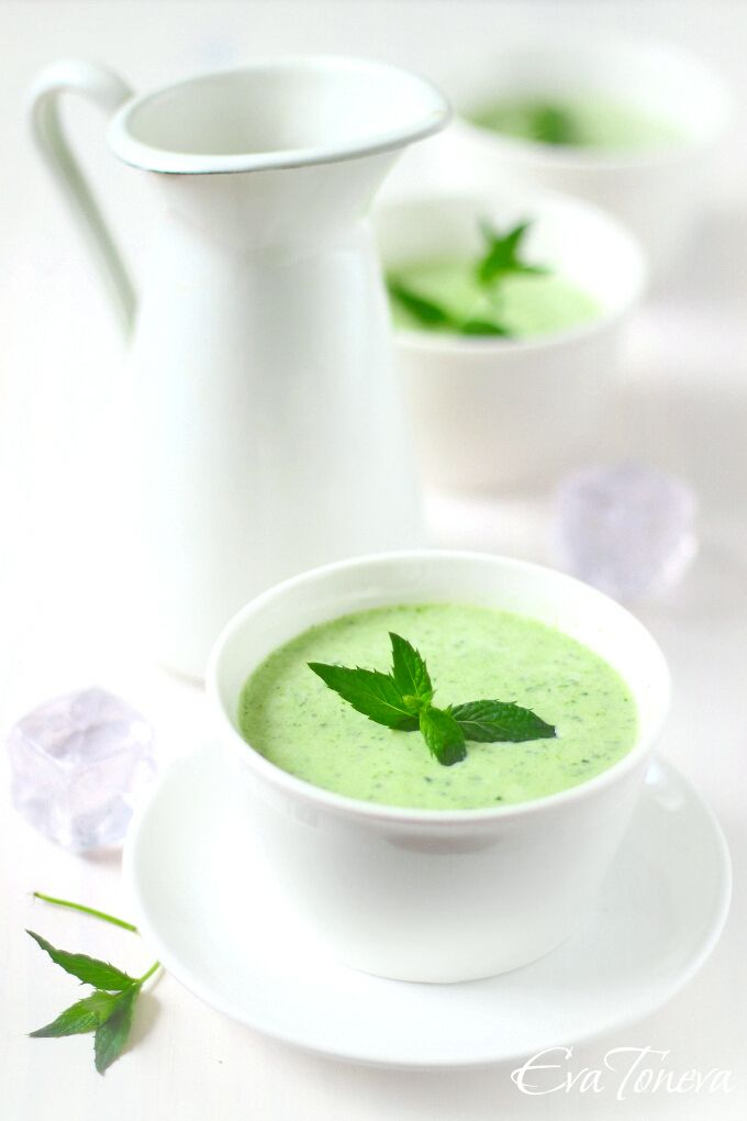 cold zucchini soup 200 g zucchini 200 g cucumber 300 ml of cold water 150 g sour cream 2. Black Bedroom Furniture Sets. Home Design Ideas