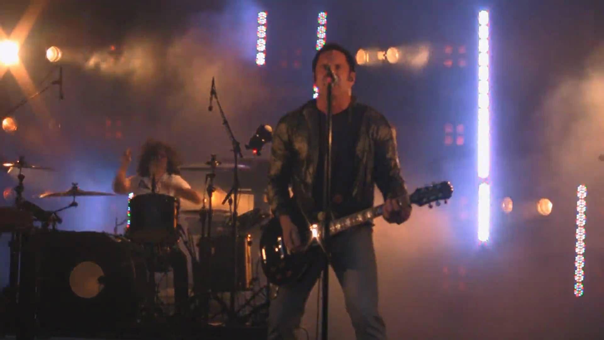 Nine Inch Nails - Now I\'m Nothing & Terrible Lie - NIN|JA Tour ...