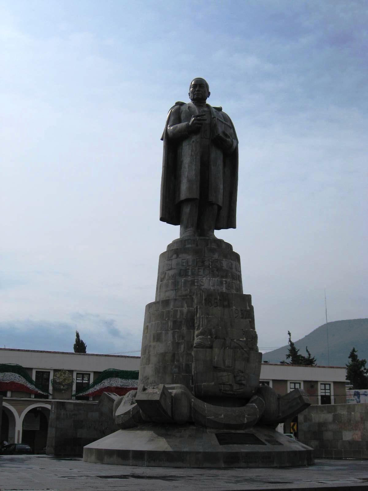 Monumento a benito ju rez en pachuca hidalgo 101b for Benito juarez mural