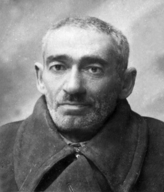 Avraham Stamberg, owner of the bakery in Płońsk. Avraham was deported to Auschwitz on 2 December 1942 where he was murdered. His son Yaakov survived and emigrated to Israel.