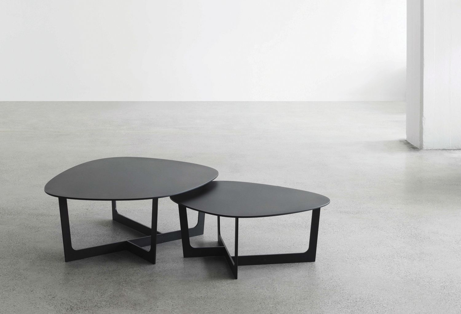 Products Insula Coffee Hightower Table Coffee Table Furniture
