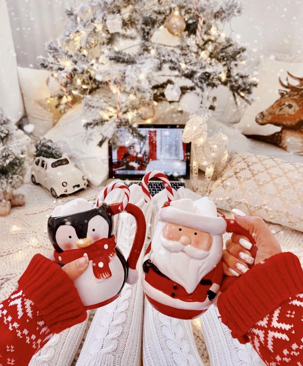 Christmas Wallpaper Aesthetic: Fun Christmas Decorations, Christmas