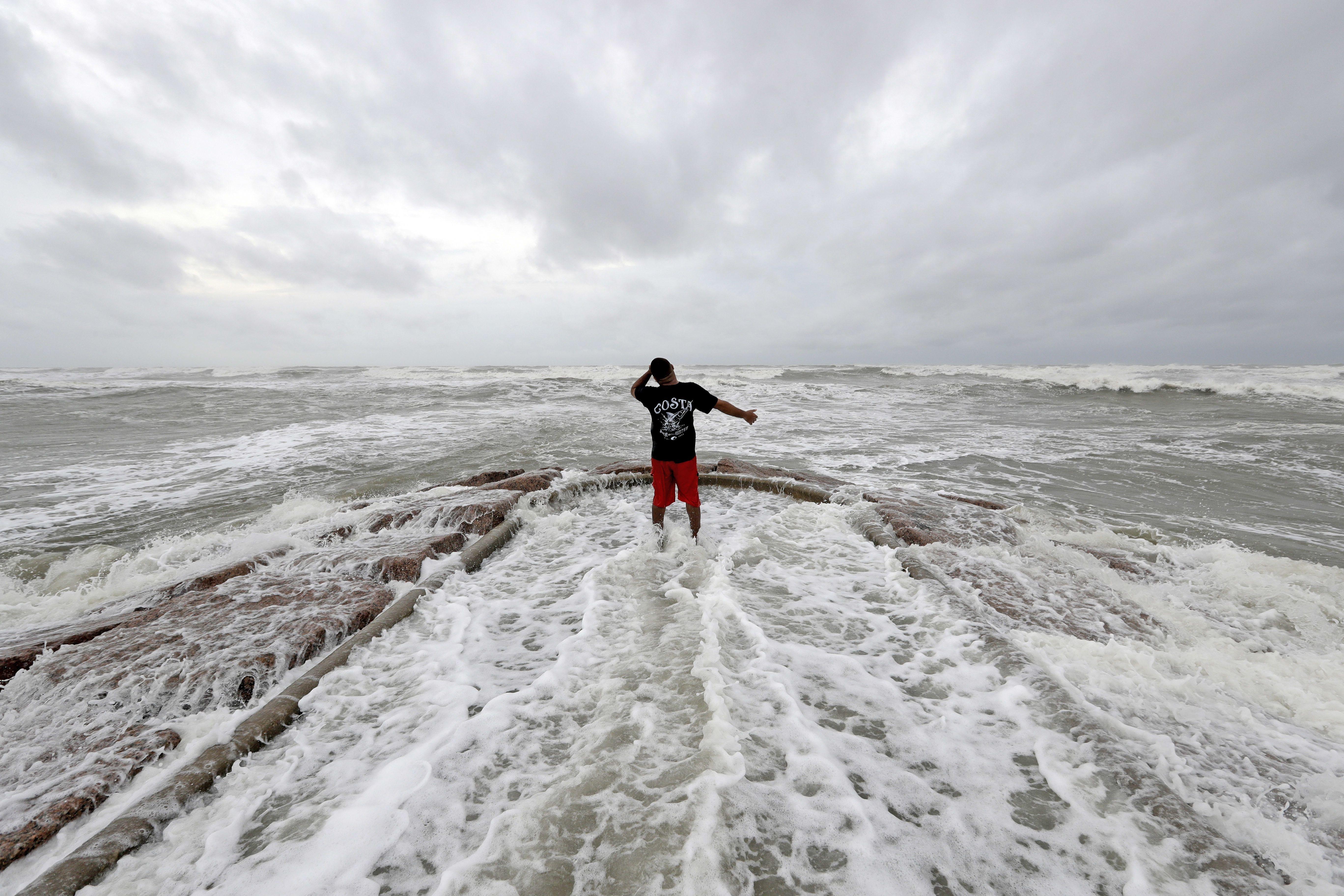 Live Updates Tropical Storm Harvey Makes Second Landfall Storm Surge Hurricane Harvey