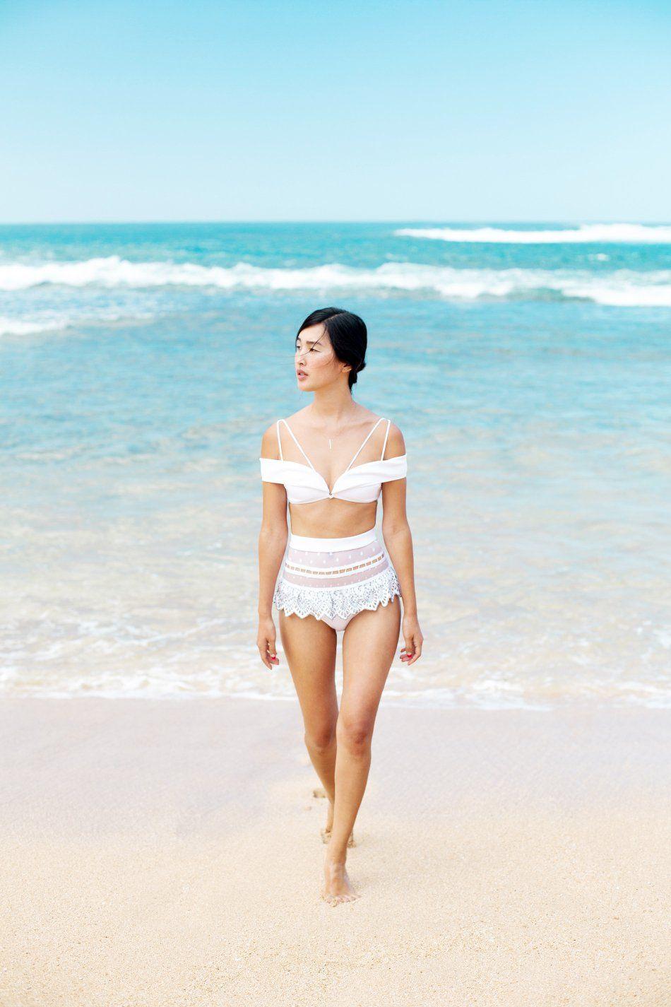 Bikini Nicole Warne naked (52 images), Fappening