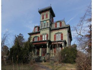 Pin By Beth Harpell On Architecture Old House Dreams Hackettstown House Styles