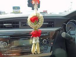 Bildergebnis für auto innenspiegel deko Blumen girlande