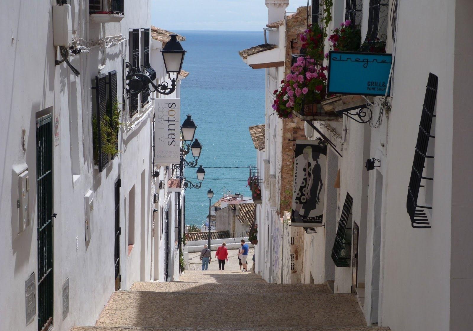 ALTEA - Calle típica de Altea (Alicante-Spagna)