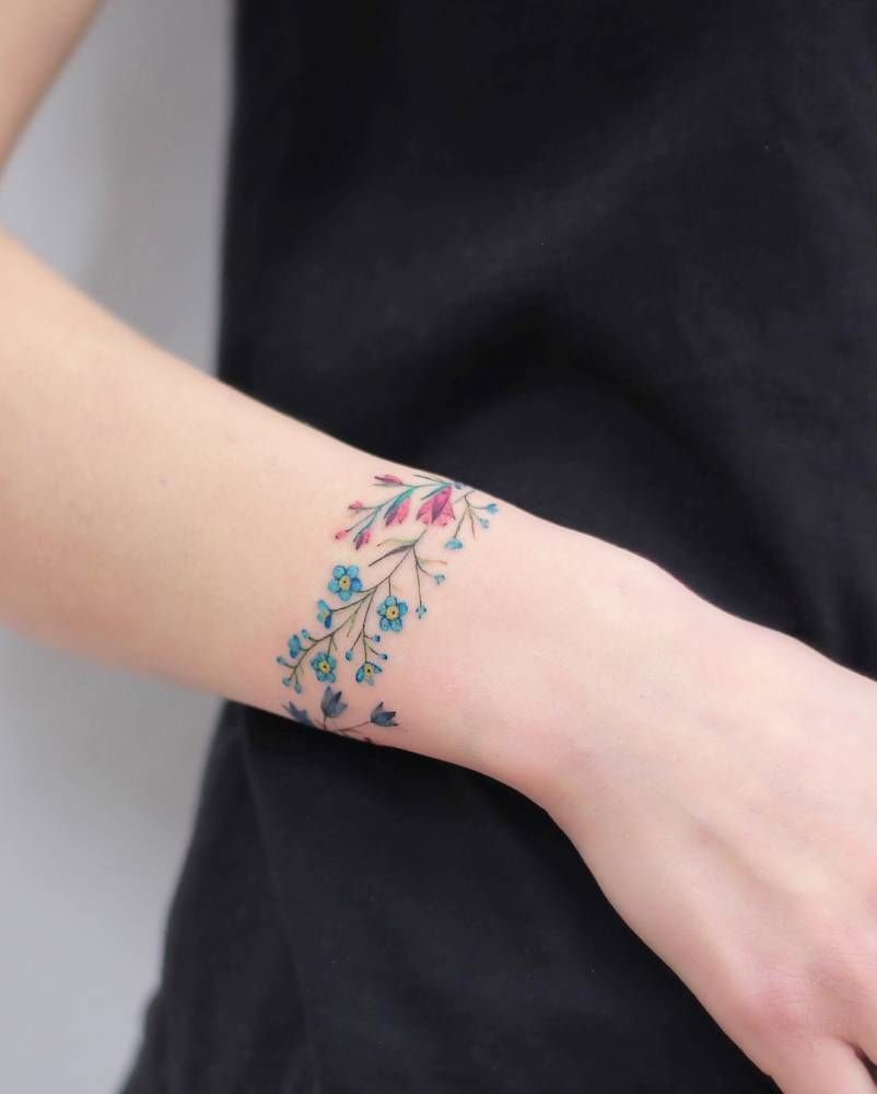 Flower Bracelet Tattoo Trendy Tattoos Tattoos For Daughters Tattoos