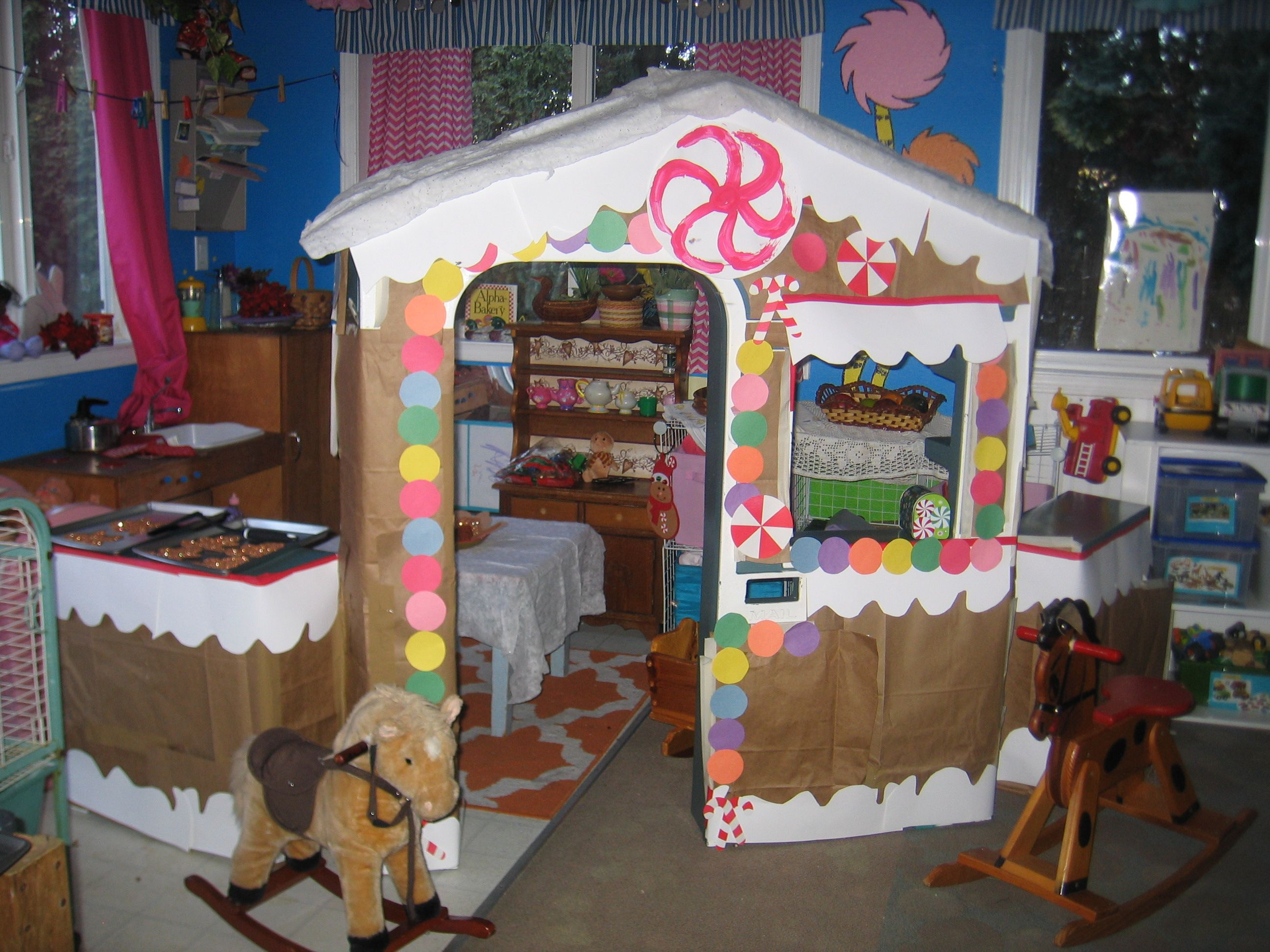 Gingerbread Dramatic Play House