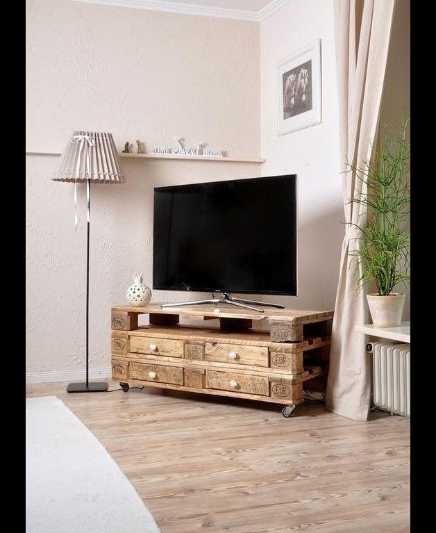 fernsehtisch aus einer europalette mit vier schubladen sie h tten gern so einen palettentisch. Black Bedroom Furniture Sets. Home Design Ideas