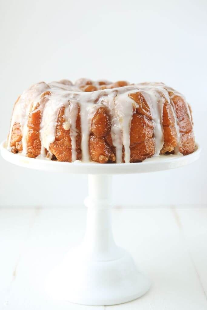 This pineapple monkey bread recipe is perfect for Easter ...