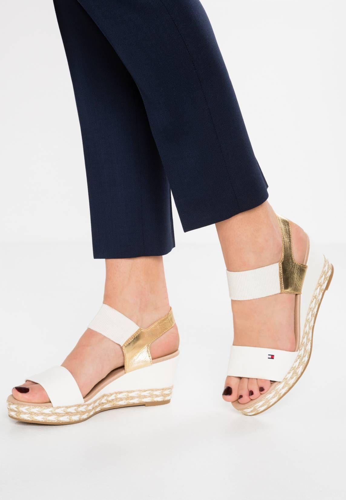 b44029192b4 Tommy Hilfiger. ELBA - Platform sandals - white. Sole synthetics. Platform  height 1.0