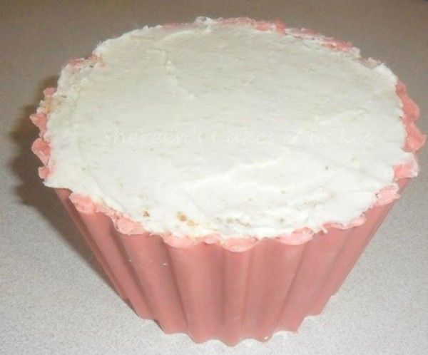 Giant Cupcake Tutorial Recipe And Examples With Images Giant