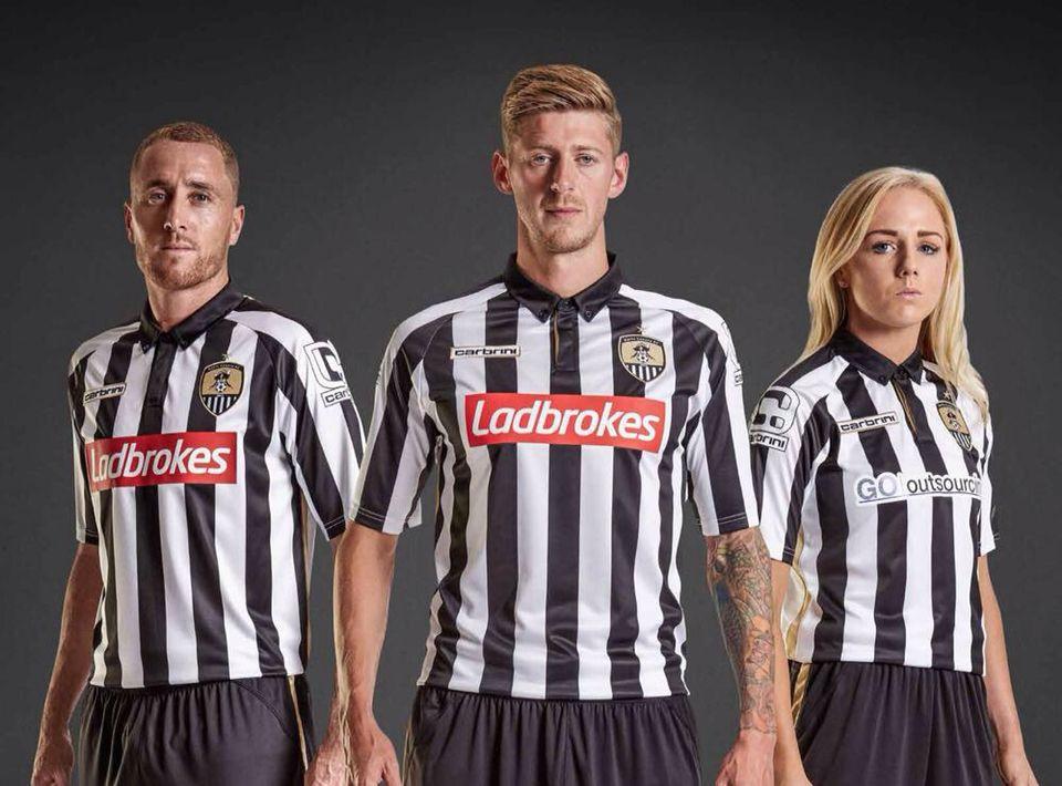 Notts County 2015-2016 Home Kit  35d138169