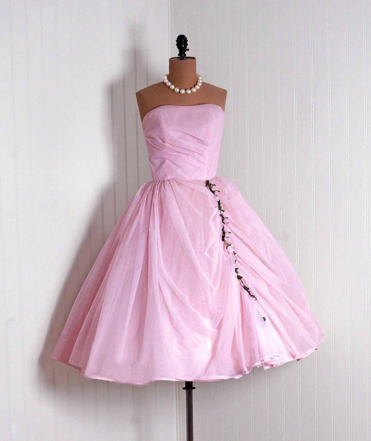 Pin by Theresa Causey on pink Vintage 1950s dresses