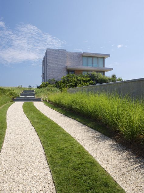 Garten Einfahrt Haus Kies Gras Rasen Deko Steinmauer deko
