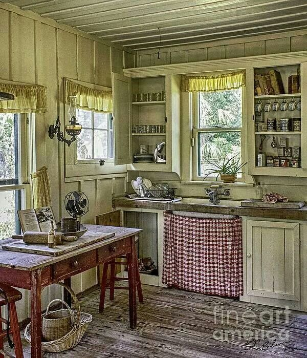 Superbe An Old Country Kitchen.