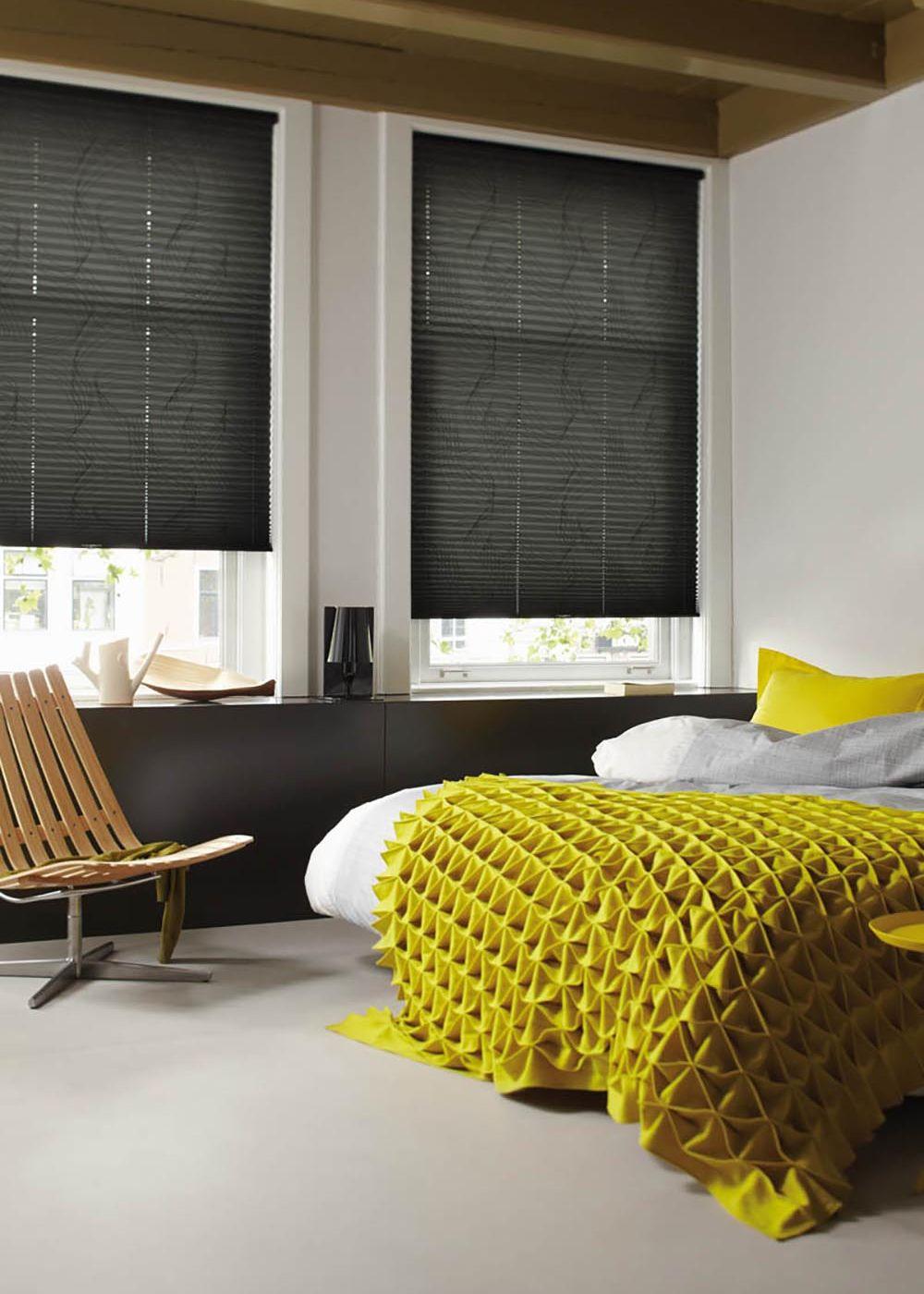Geef je interieur meer stijl met raamdecoratie | Jalousien plissee ...