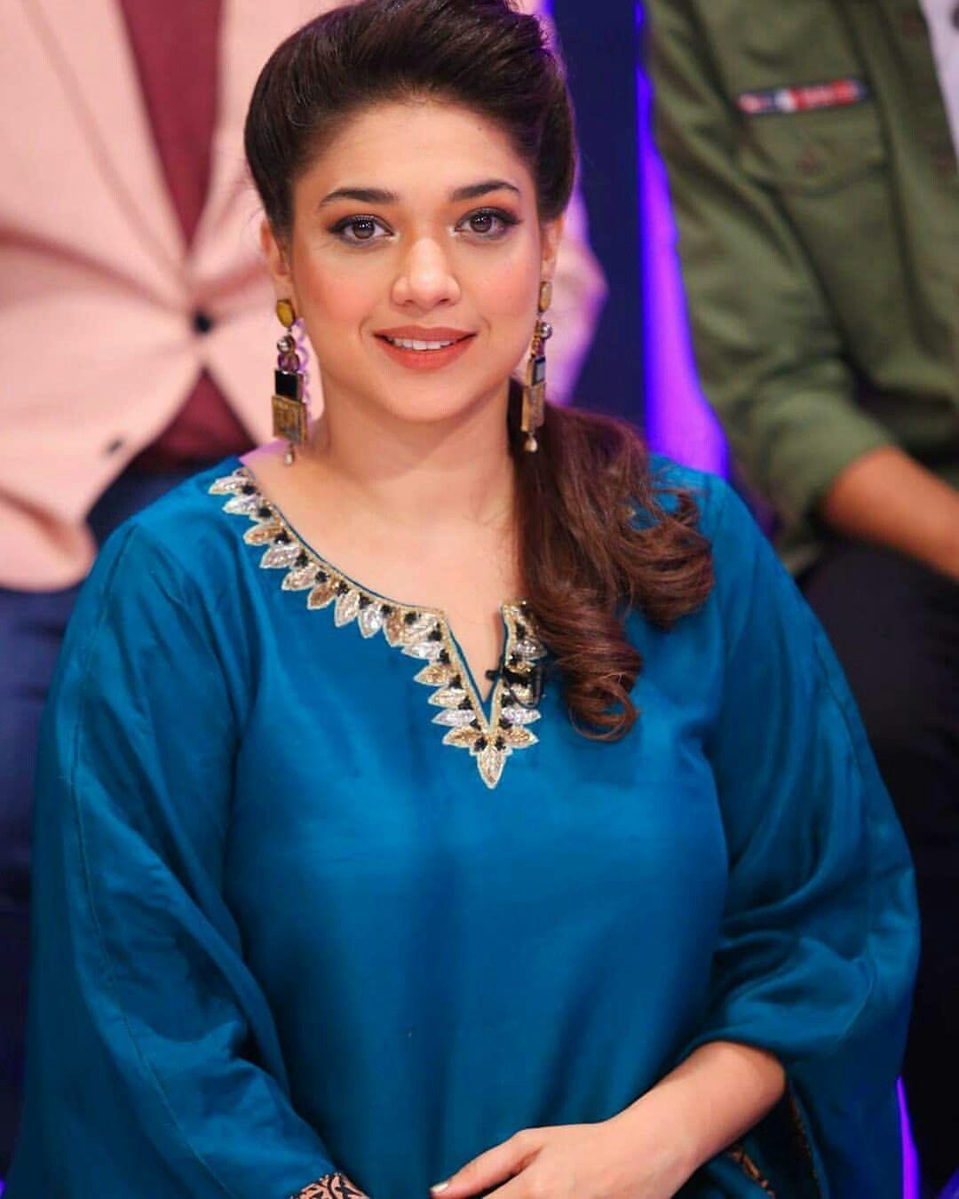 Pakistani Actress Hairstyles: Fashion, Pakistani Actress, Long Hair Styles