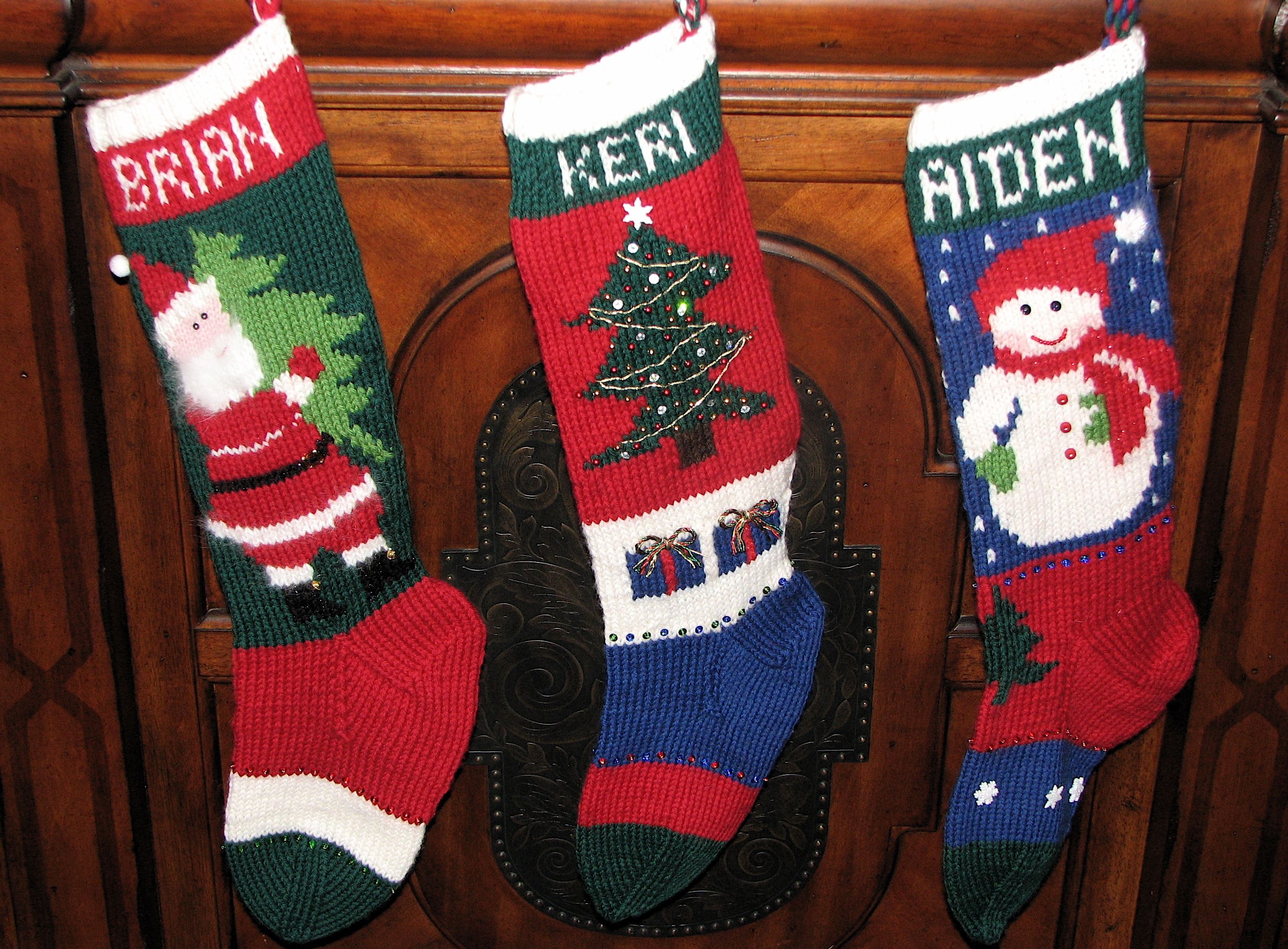 Vintage Christmas stockings knitted from 1950\'s-era patterns. | Yule ...