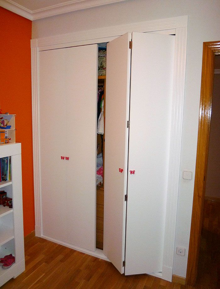Armario para habitaci n infantil con puertas abatibles - Armarios con puertas abatibles ...