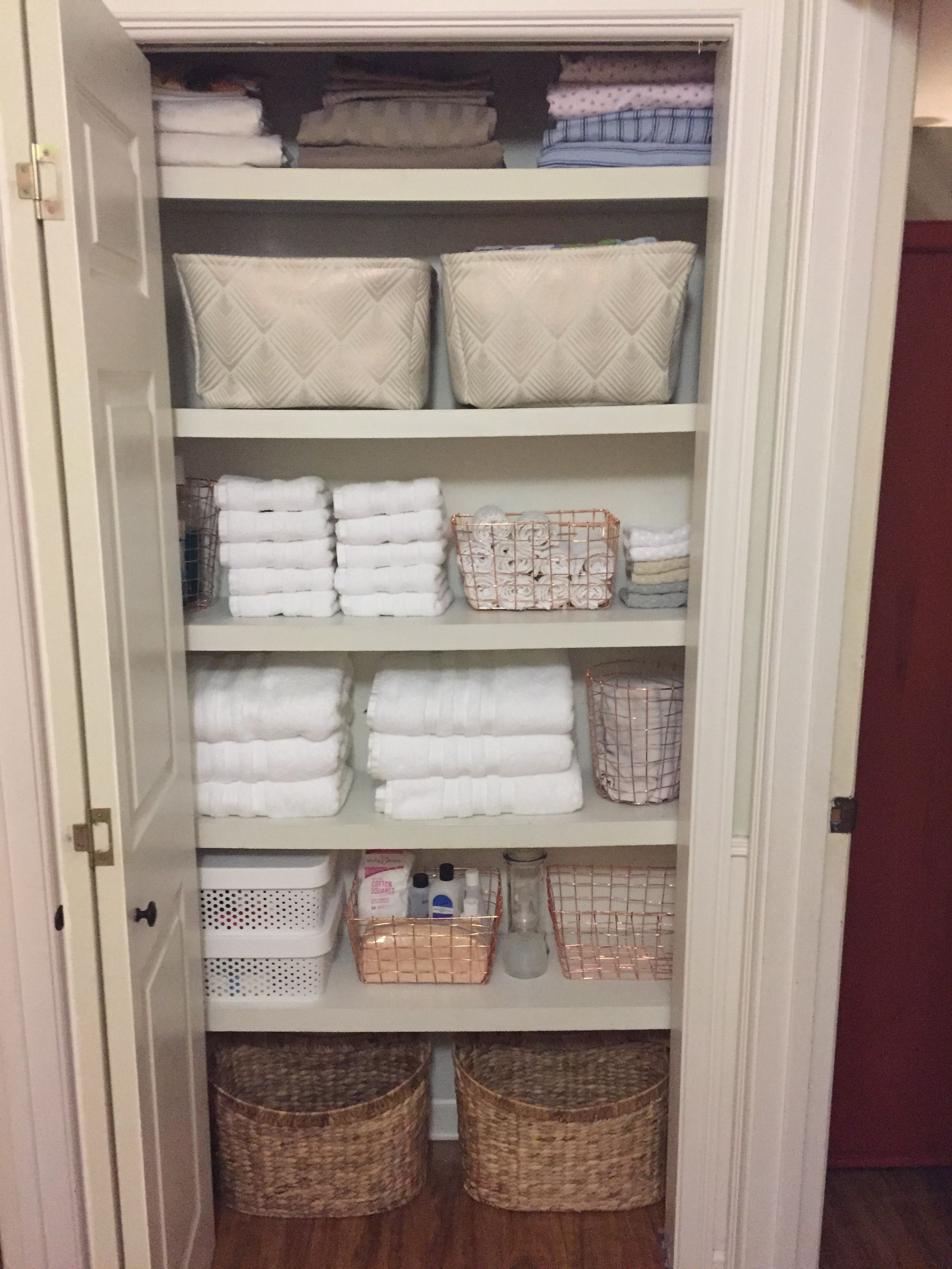 Pin By Kem Mcguire On Organize Me In 2020 Linen Closet
