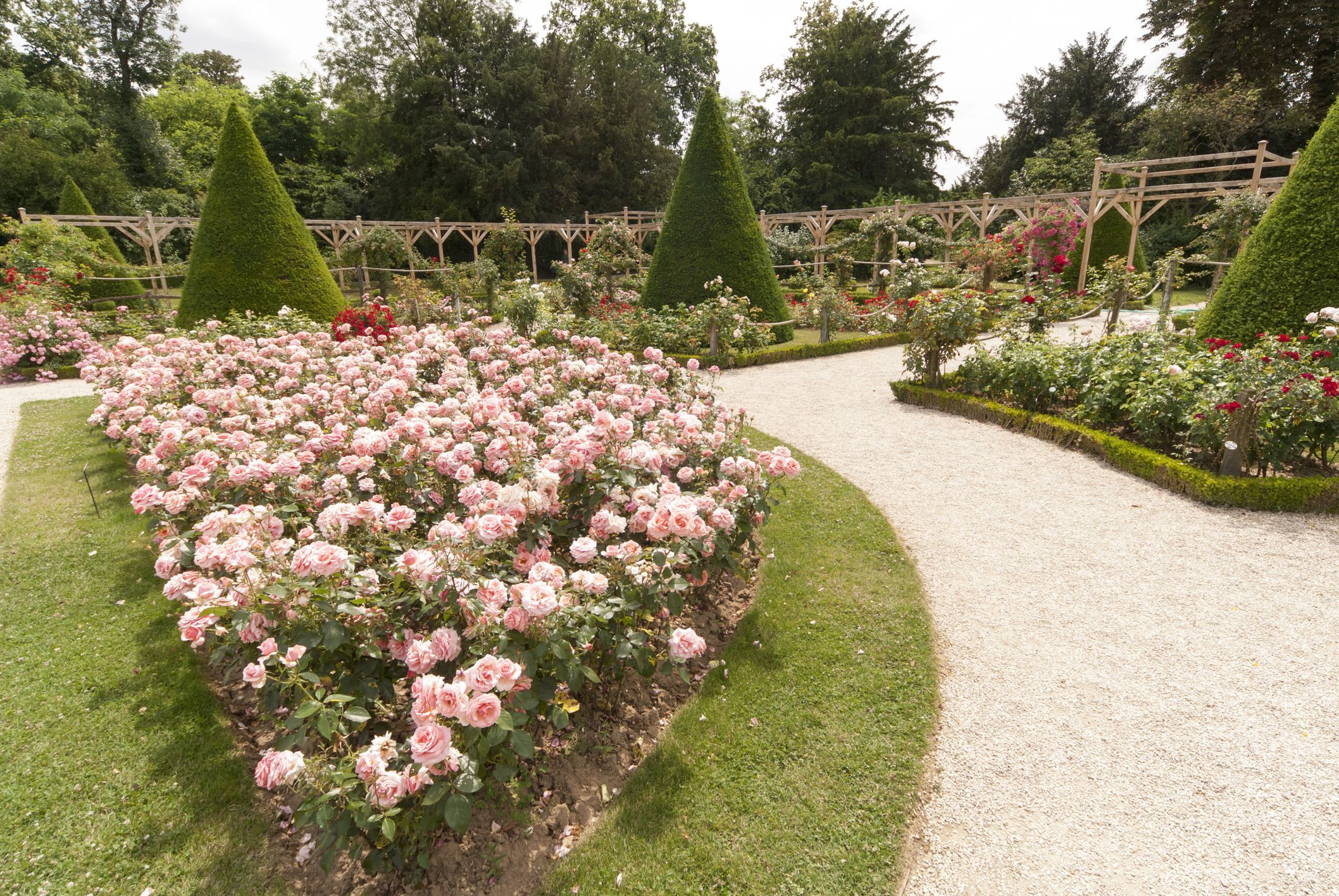 What Is A French Garden Garden Layout English Garden Design Estate Garden Backyard garden arcadia wi