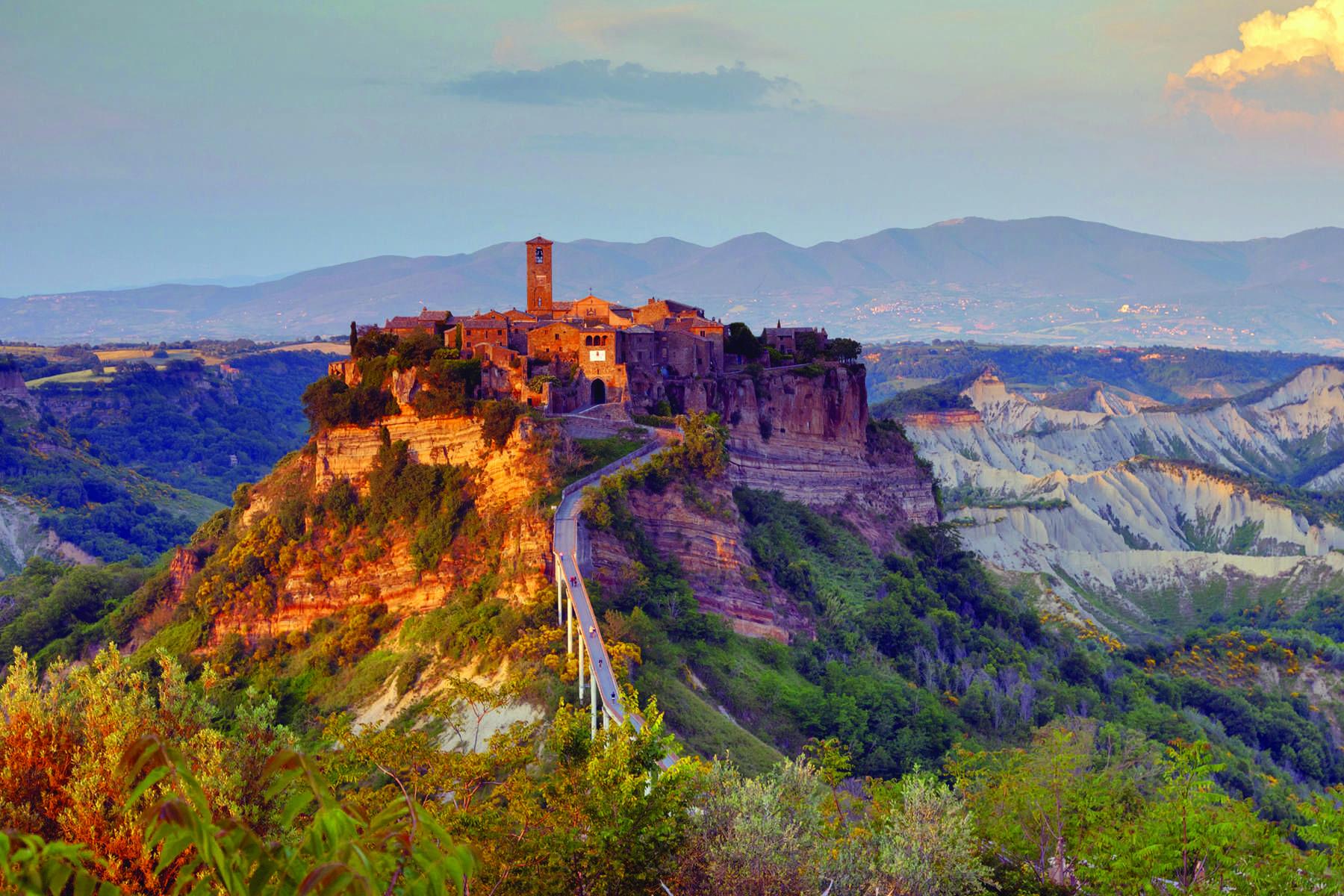 Civita Di Bagnoregio Setting Viterbo Italy With Images Best