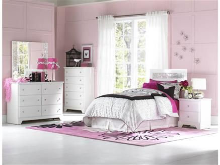 Ashley Furniture Exquisite White 2pc Bedroom Set With Twin Poster Bed Girls Bedroom Sets Kids Bedroom Sets Twin Bedroom Sets