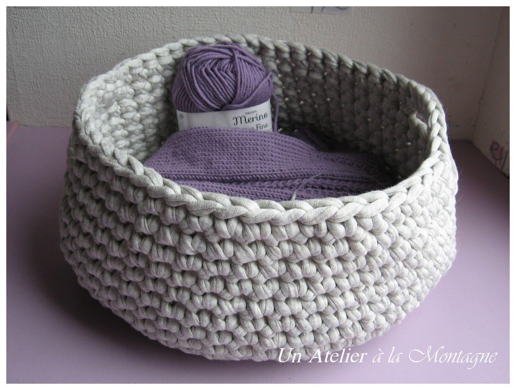 panier trapillo tape par tape crochet trapillo pinterest panier tricot et crochet. Black Bedroom Furniture Sets. Home Design Ideas