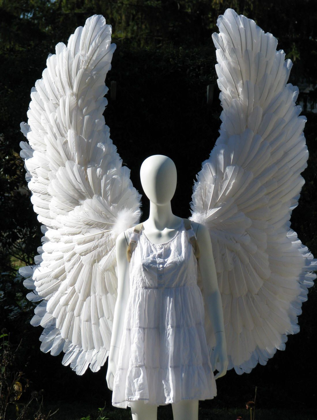 White Feather Angel Wings Large Halloween costume HALO gothic ...
