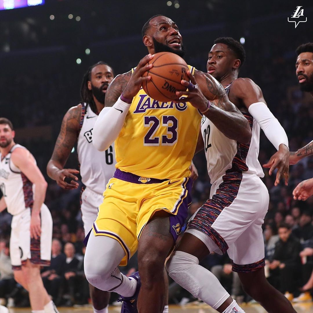Los Angeles Lakers On Instagram Frontcourt S Tireless In The First In 2020 Los Angeles Lakers Lebron James Lakers Lebron James