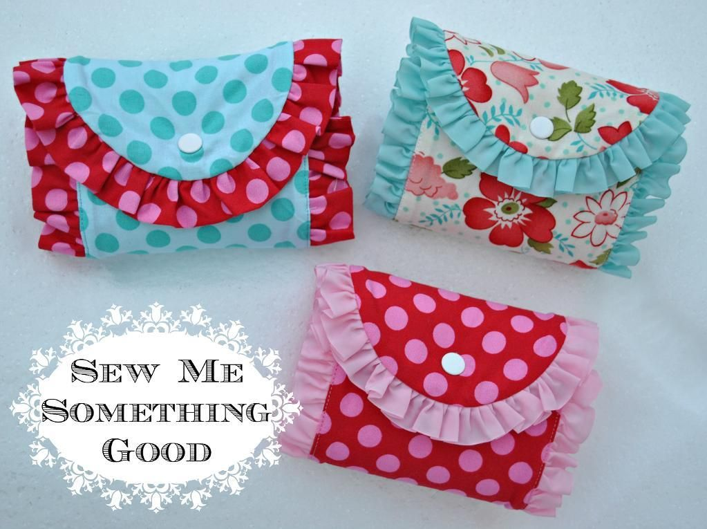 Fold n Roll Shopping Bag - PDF Sewing Pattern + Sewing Ruffles to Another Piece of Fabric