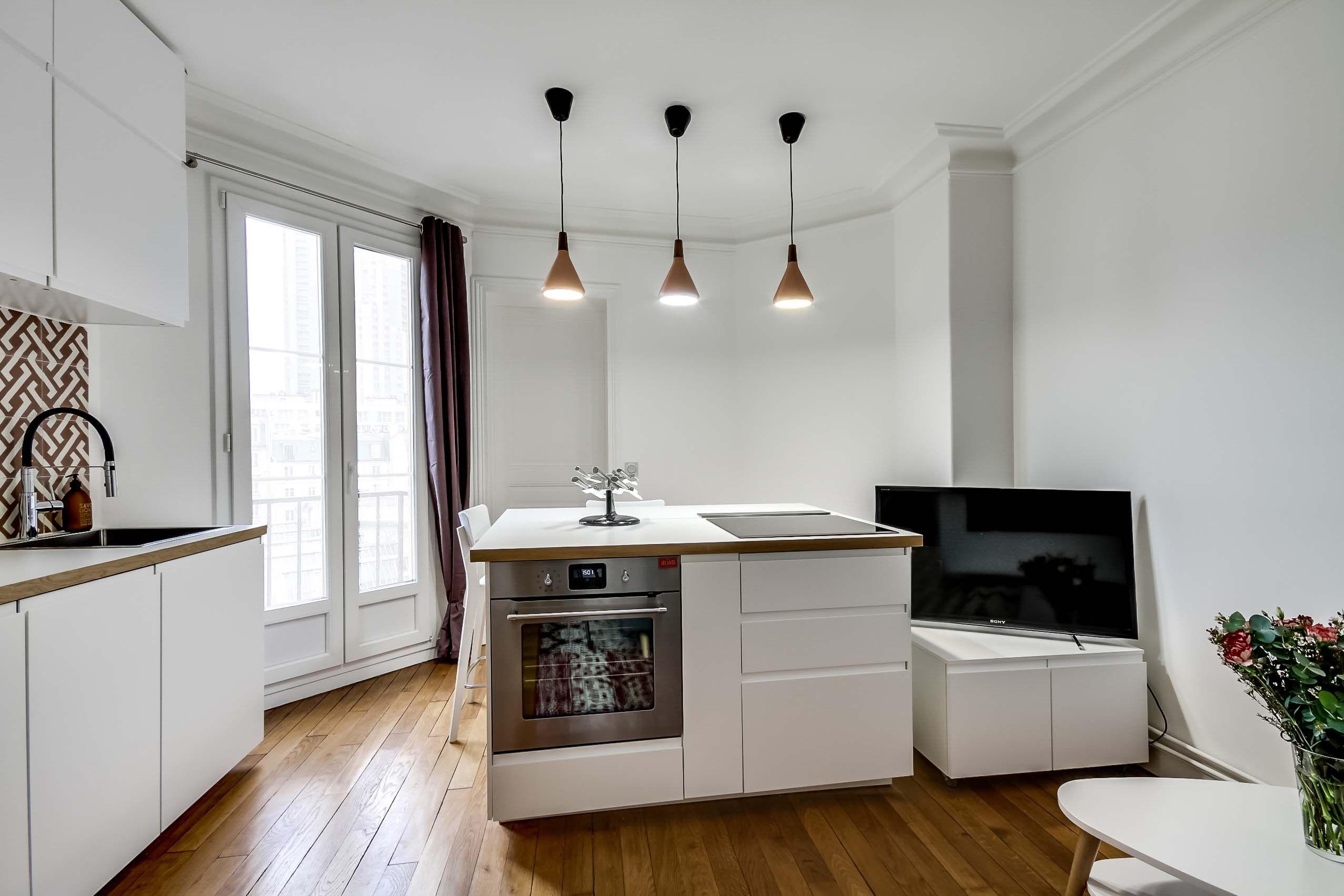 Cuisine Ikea Ouverte Sur Salon cuisine ouverte sur coin salon dans appartement entièrement