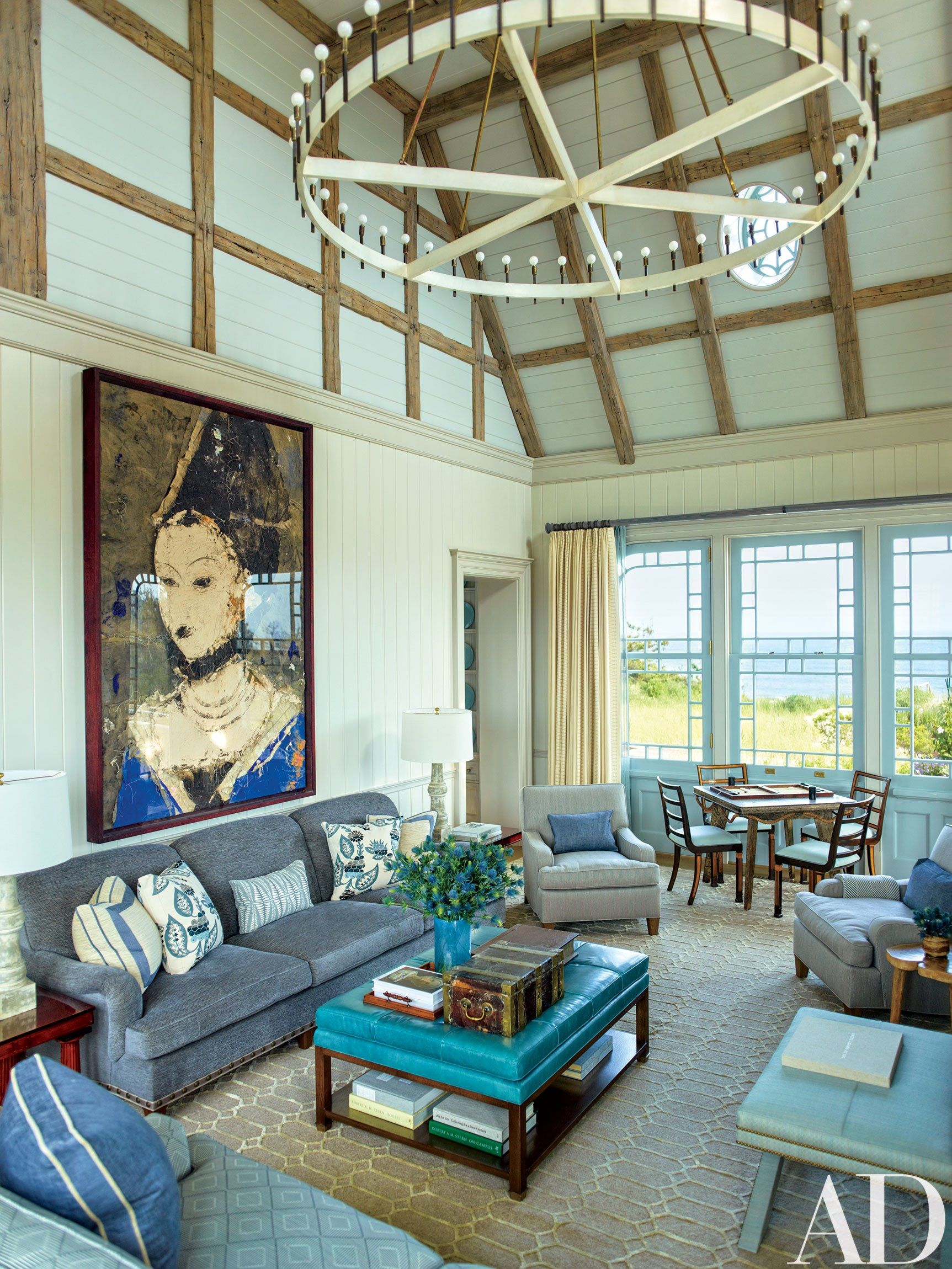 This Stunning Shingled Beach House In The Hamptons Features Modern Meets Victorian Interiors Hamptons House House Family Room