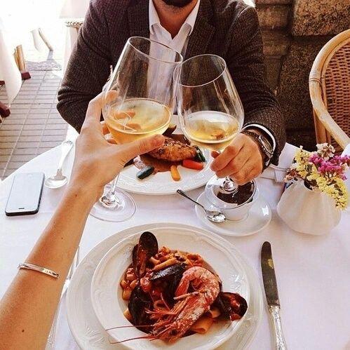 Cosas Que Puedes Hacer Cuando Te Quedas A Solas Con Tu Novio Cenas Románticas Cena De Cita Comida