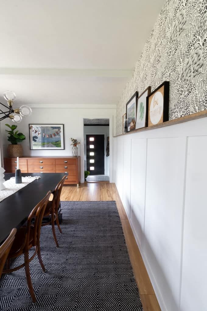 Floral Modern Mudroom with Black Wardrobes #boardandbattenwall