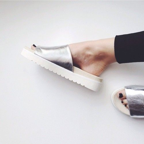 ShoesMetalics