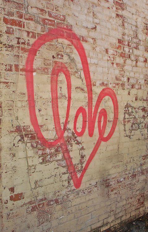 love heart street art street art graffiti graffiti on simply wall street id=83040