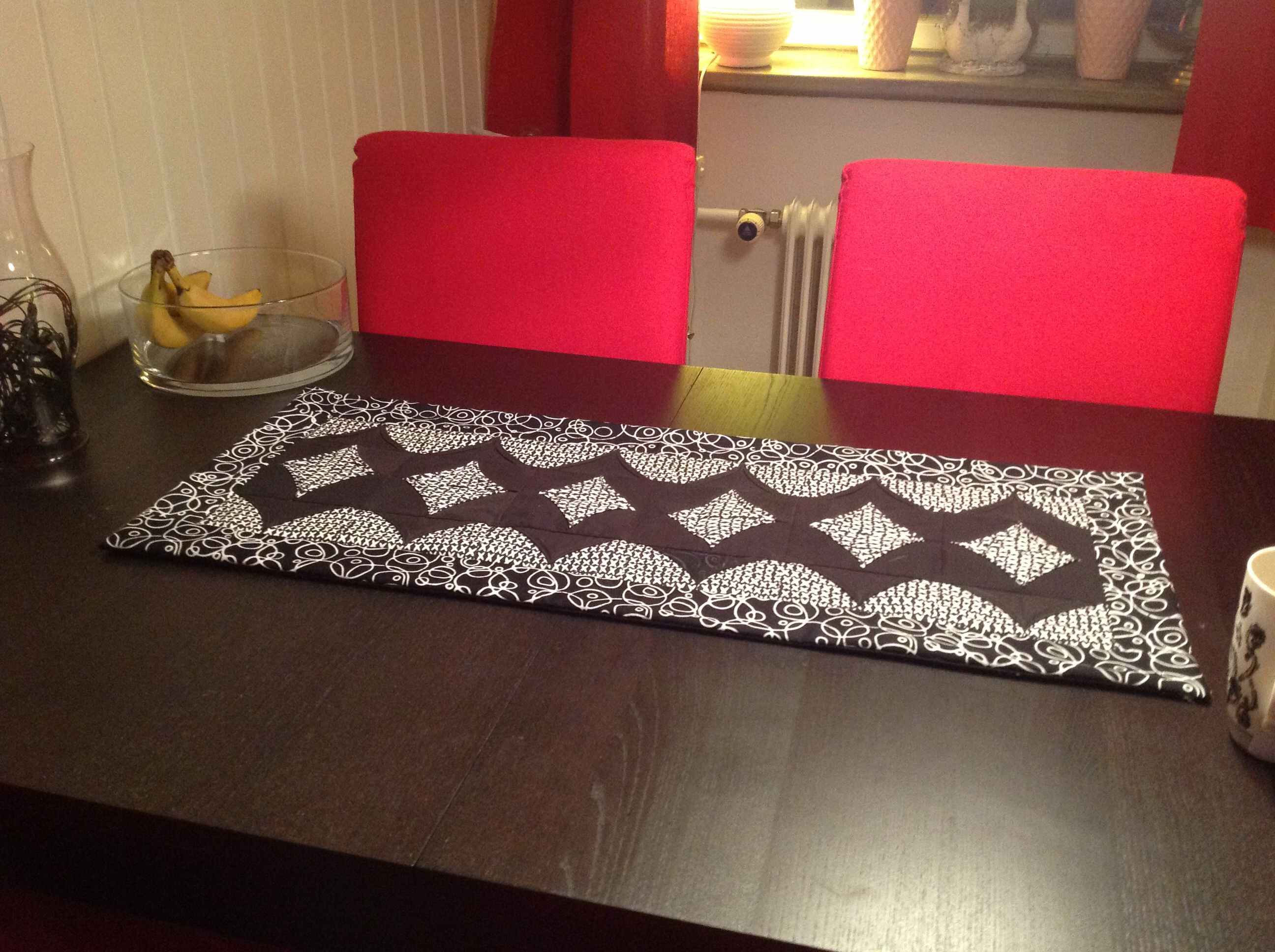 Two Zigzag table runner put together From the book Fiveminutes