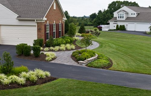 A Lush New Jersey Landscape Curved Walkway Greenery Simple Beds But Good Sized Walkway Landscaping Front Yard Landscaping Design Front Walkway Landscaping