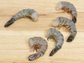 How to Prepare and Devein Shrimp. RecipeTips.com