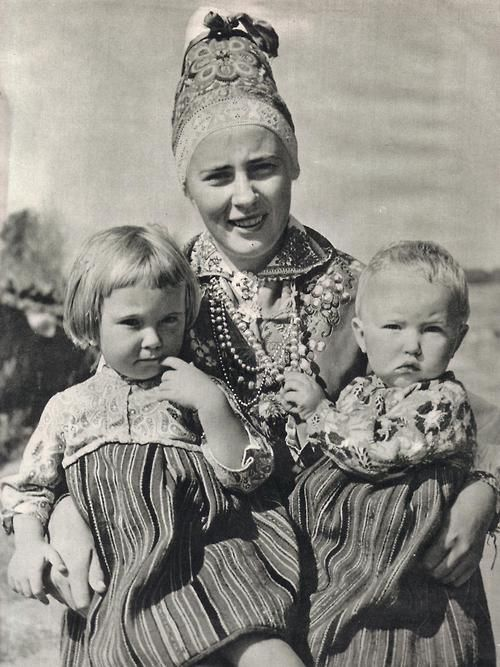 Kihnu woman with children. Photo by K.Oras 1961. Estonia