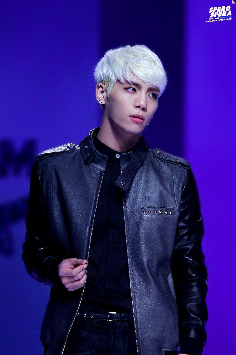 10 Idols Who Make Blonde Look Like Their Natural Hair Color Jonghyun Shinee Jonghyun Shinee