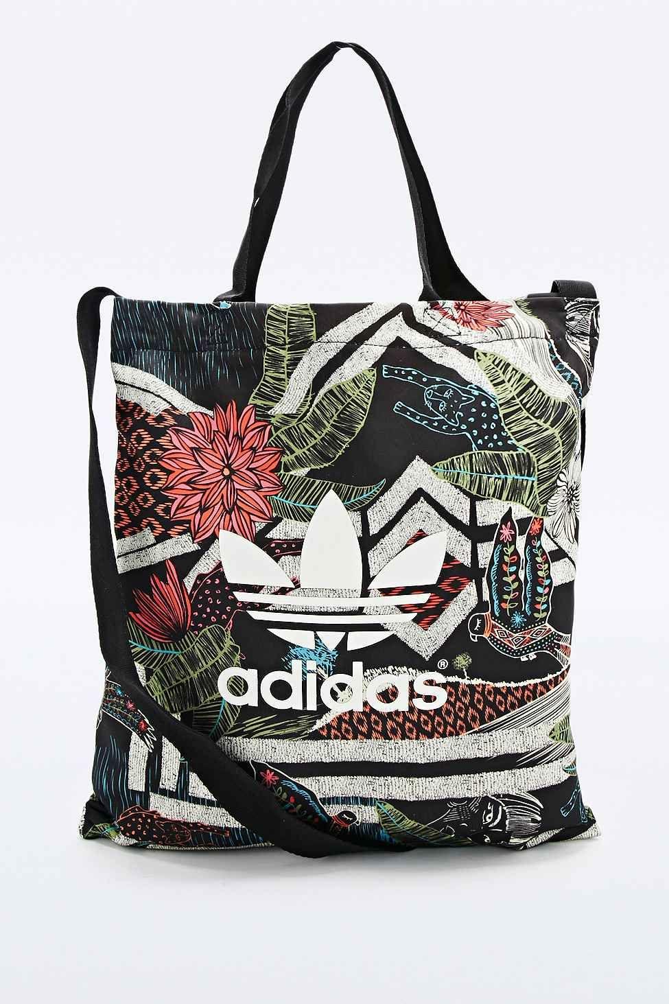 11d2446f02d *URBAN OUTFITTERS - ADIDAS XFL || Printed shopper bag | Bolsa shopper  estampada