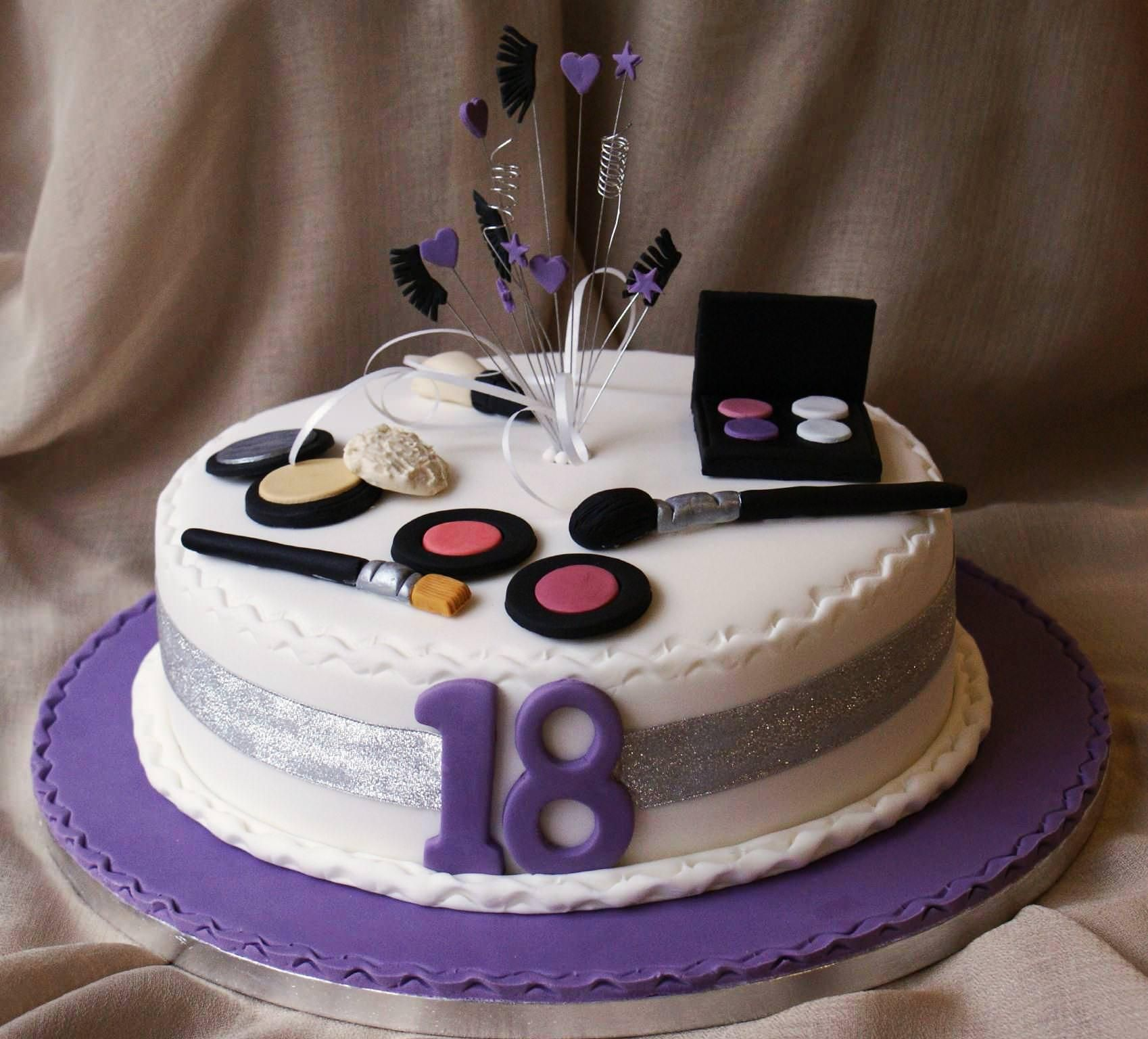 Cake Designs Birthday 2018 : 18th Birthday Cakes both for Boys and Girls cake ideas ...