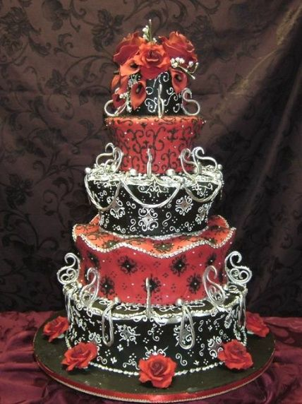 gotische Hochzeitstorte Bilder