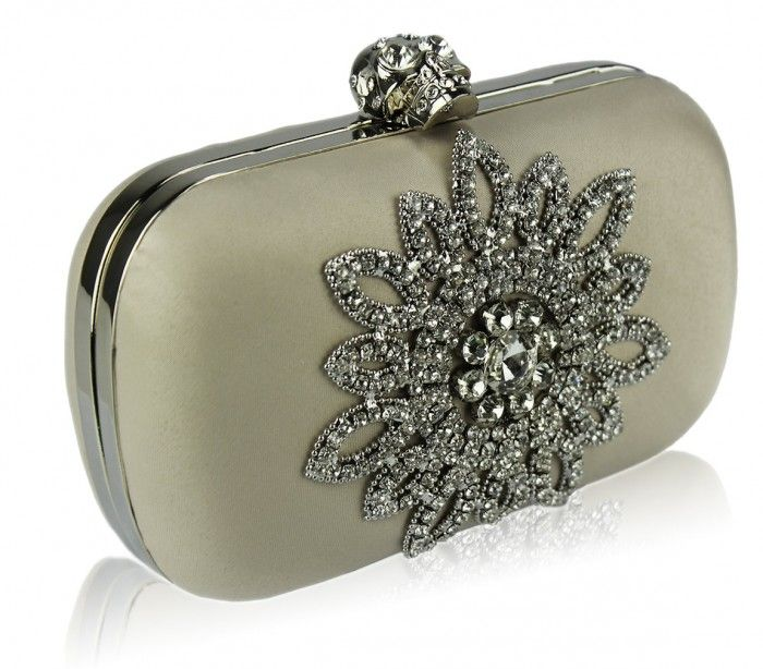50 Fabulous & Elegant Evening Handbags and Purses ... womens-beige-diamante-crystal-flower-boxed-wedding-clutch-evening-bag-[2]-22439-p └▶ └▶ http://www.pouted.com/?p=25491